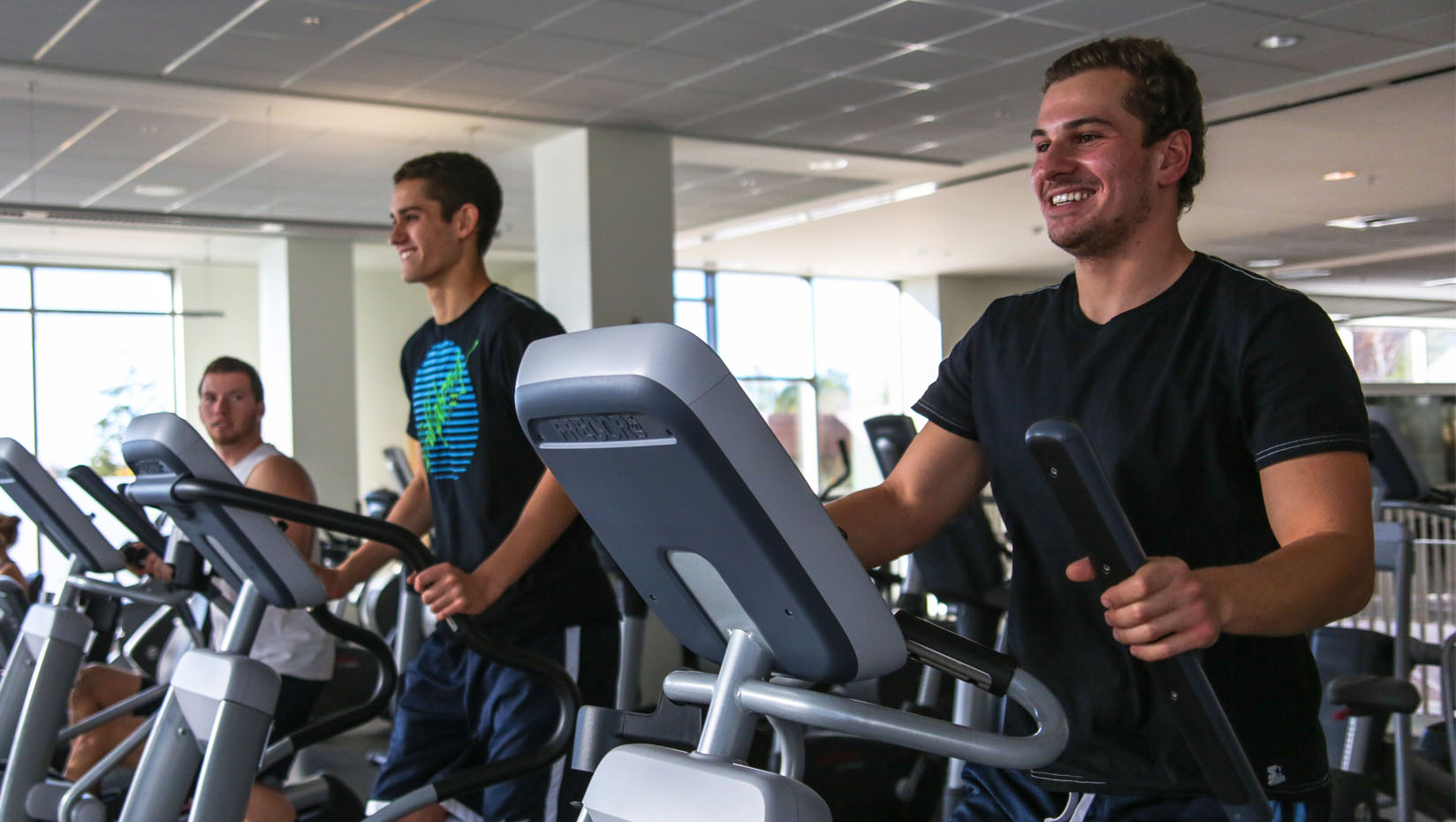 is working out in a group the right choice for you