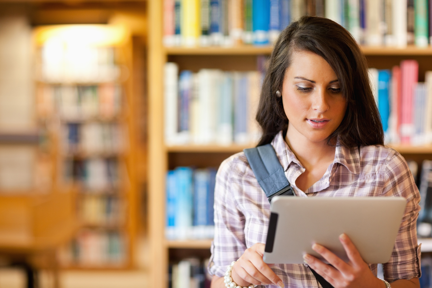 5 Reasons Why Kindles Will Never Beat Real Books