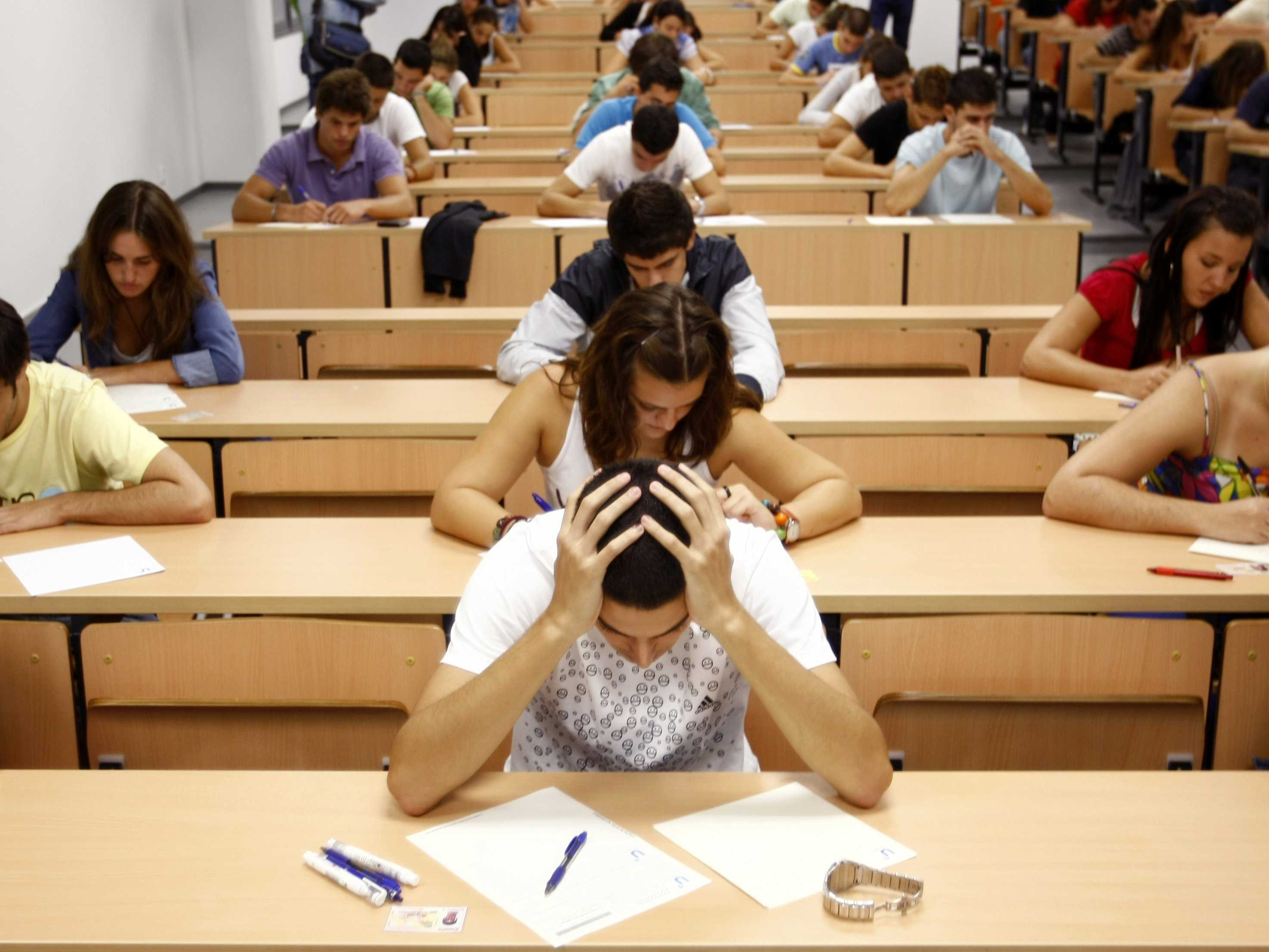 5 Realistic Tips to Get You Through Your End-of-Semester Slump