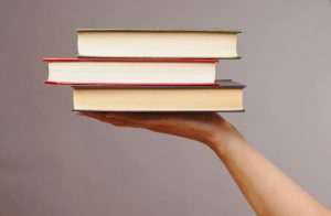 A Student's Guide to Affordable Textbooks