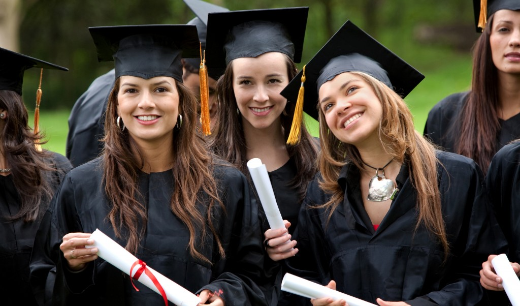 With Post-Graduation Friendships, How Clingy Is Too Clingy?