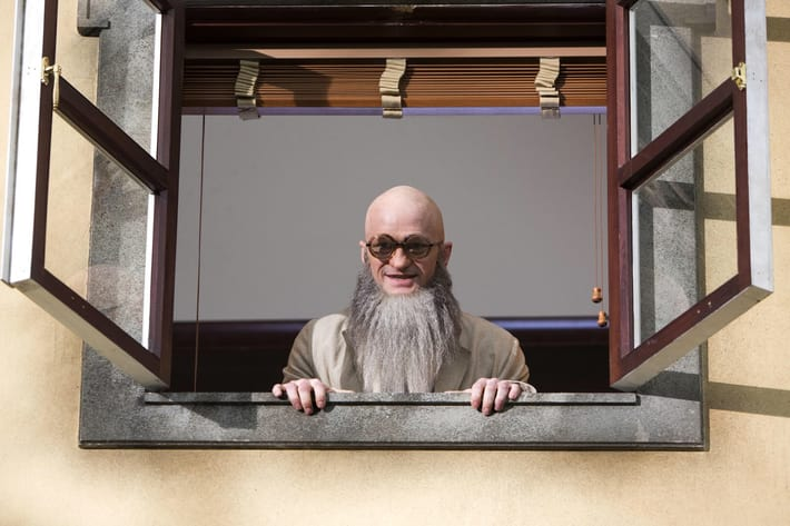 "Why You Should Tune in to Netflix's Reboot of ""A Series of Unfortunate Events"""