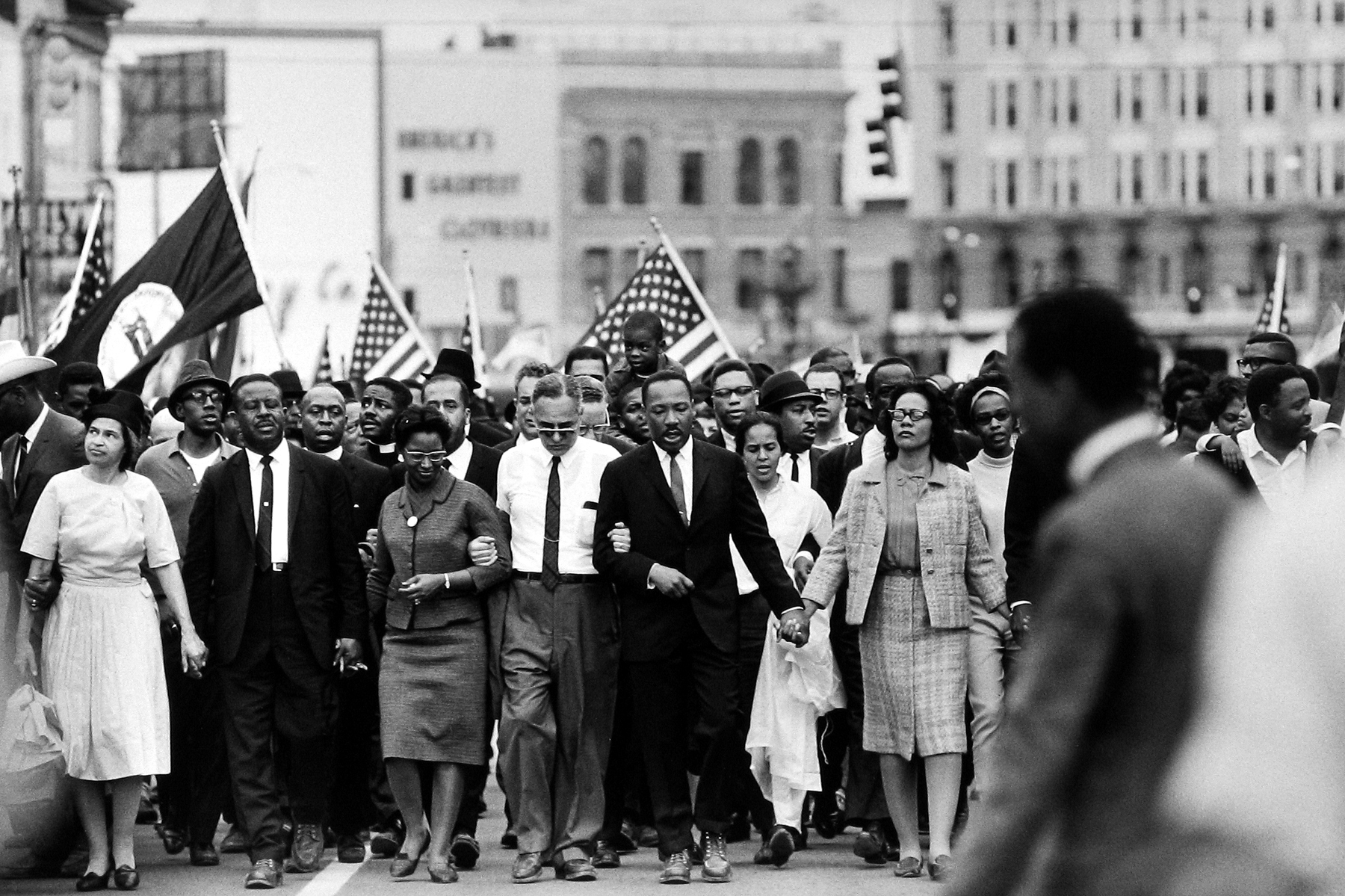 an in depth analysis of the american civil rights movement in the 1950s and 1960s It follows the progression of the civil rights movement, beginning from segregation laws, early attempts at desegregation, the montgomery bus boycott, the achievments of martin luther king, and the development of radical methods pioneered by malcom x.