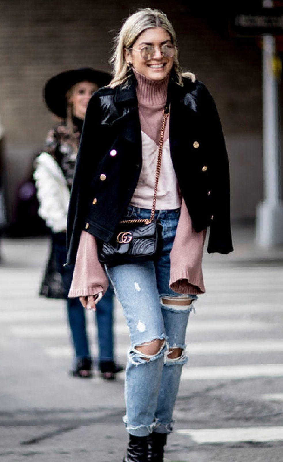 24sq8z-l-610×610-jacket-nyfw+2017-fashion+week+2017-fashion+week-streetstyle-black+jacket-sweater-pink+sweater-bell+sleeves-bell+sleeve+sweater-denim-jeans-blue+jeans-ripped+jeans–bag-gucci-gucci+