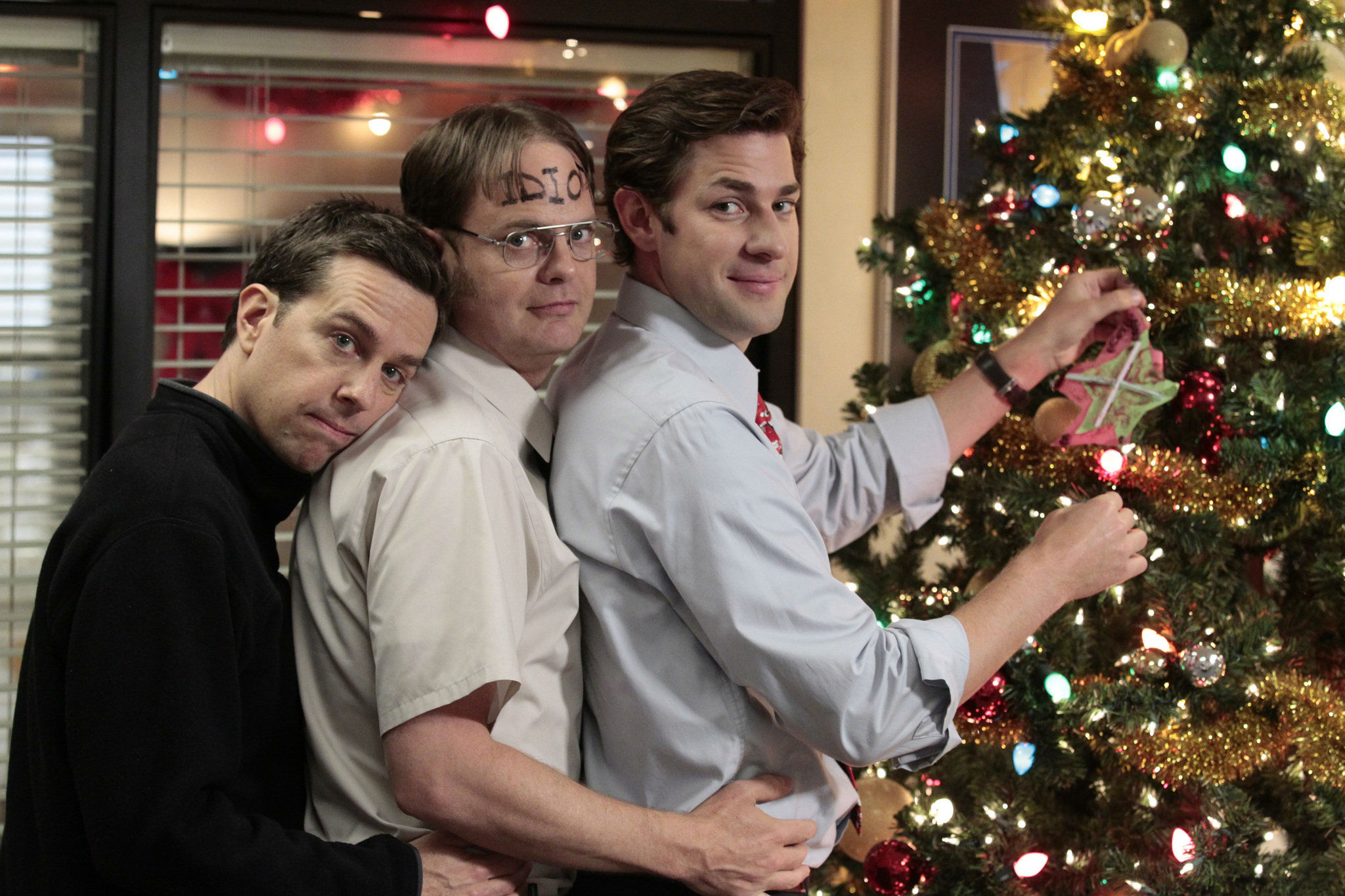 3 television episodes to help you celebrate the holidays - The Office Christmas Episodes
