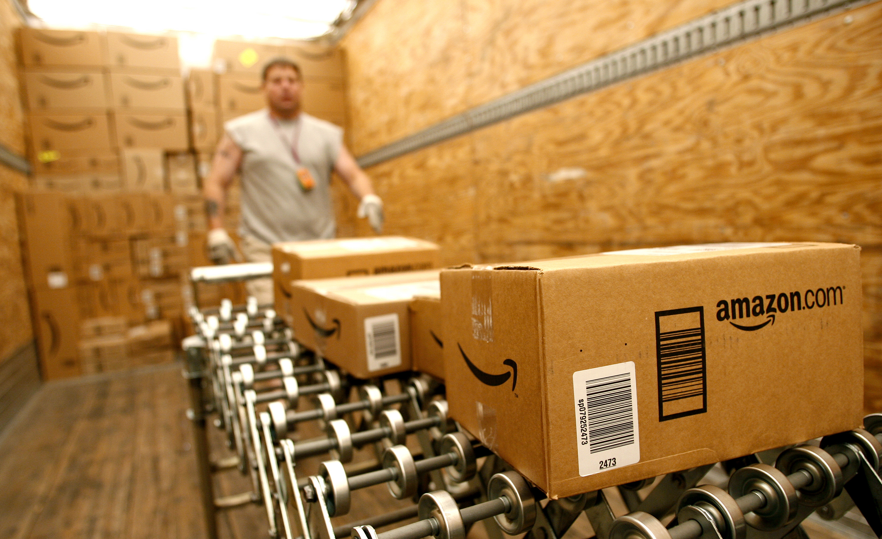 Wristband Tracking for Employees? Amazon Is Working on It