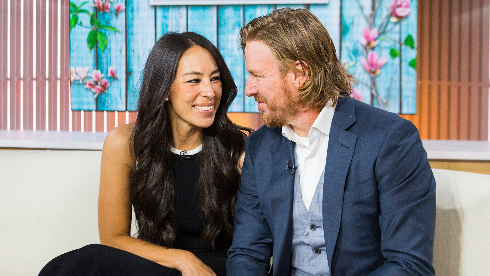Fixer Upper Stars Chip And Joanna Gaines Welcome Baby No 5