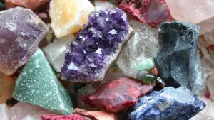 Healing crystals and stones have many negative connotations, and for no good reason. (Image via velikolepna.bg)